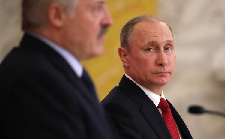 How Belarus Maneuvers between Russia and the West