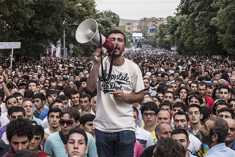 Why Russians Should Be Protesting the Same Thing as #ElectricYerevan