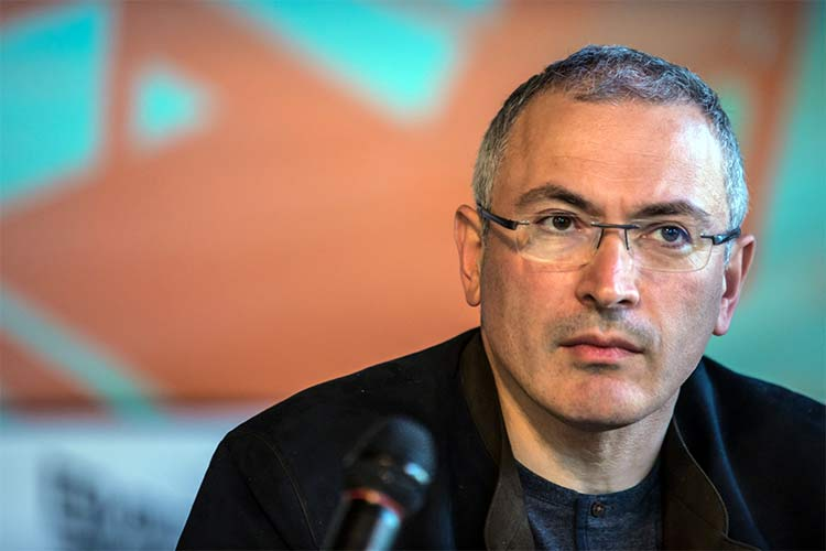 "Mikhail Khodorkovsky: ""I Never Promised Anyone that I Would Not Be Involved in Politics"""