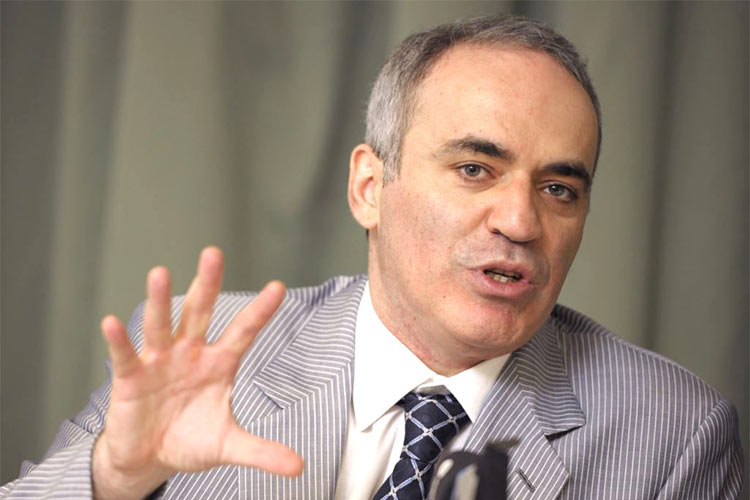 "Garry Kasparov: ""The only difference between the system now and a totalitarian one is the absence of mass repression."""