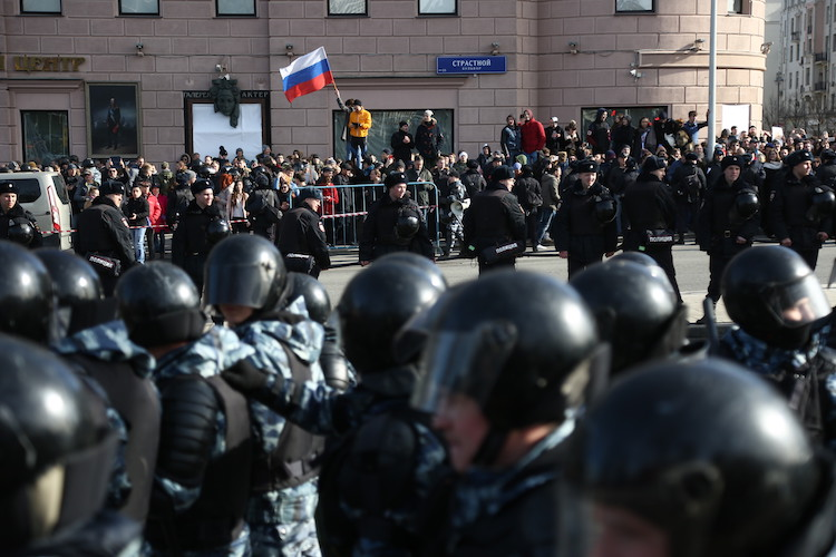 March 26 Protests, Will Putin Fire Medvedev? Can Russia Be Like Mexico, and more