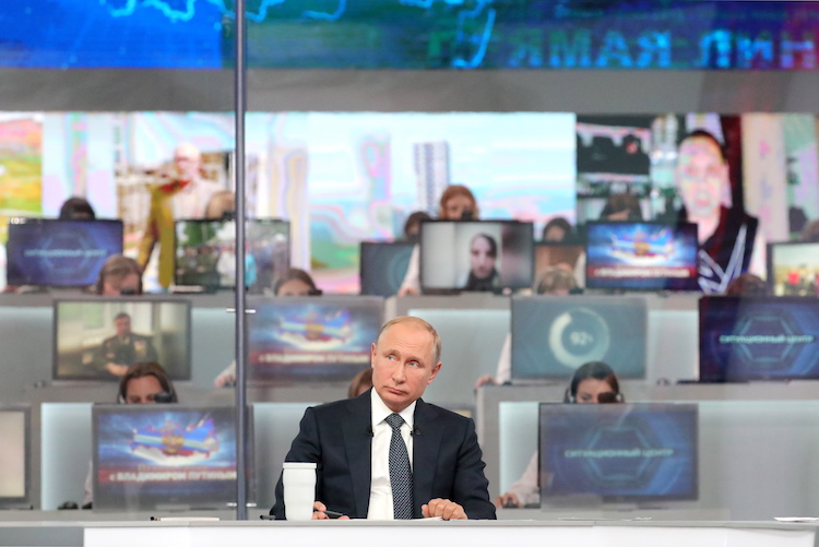 Putin's Direct Line, Medvedev's declining ratings, World Cup's Economics